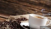Boire 3 tasses de café par jour peut vous aider à vivre plus longtemps.